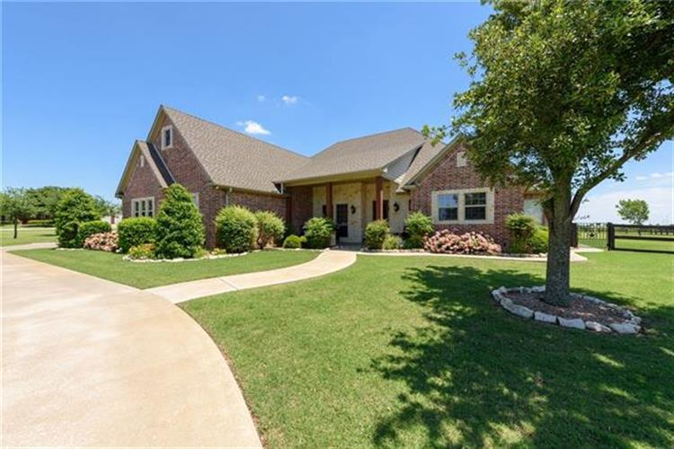 340 County Road 495, Muenster, TX 76252 - Image 1