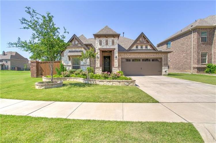 2715 Sky Ridge Road, Arlington, TX 76001 - Image 1