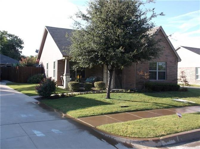 208 Tinker Trail, Burleson, TX 76028 - Image 1
