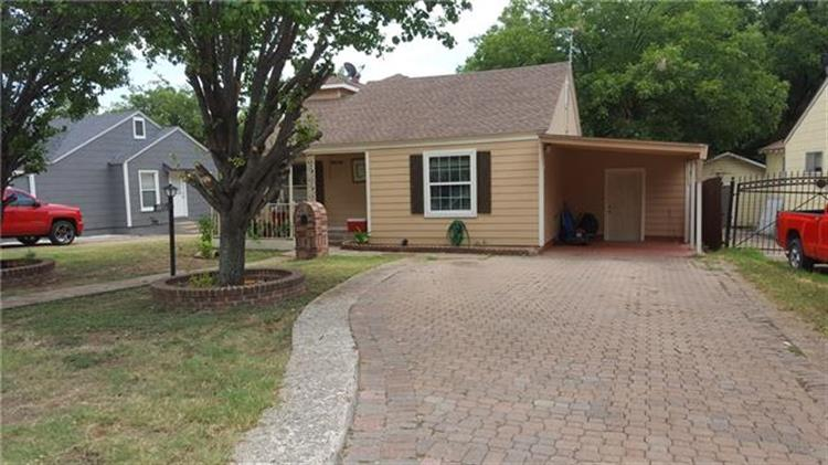 1612 Long Avenue, River Oaks, TX 76114 - Image 1