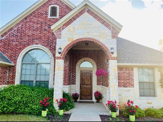 2824 Willow Ridge Circle, Granbury, TX 76049 - Image 1