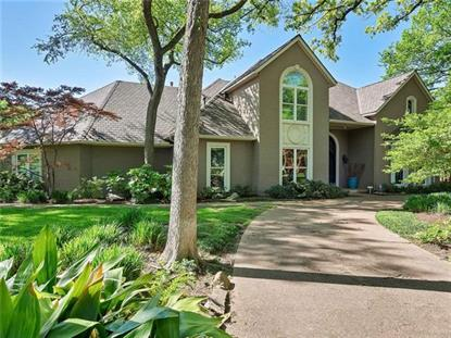 4851 Moss Hollow Court , Fort Worth, TX