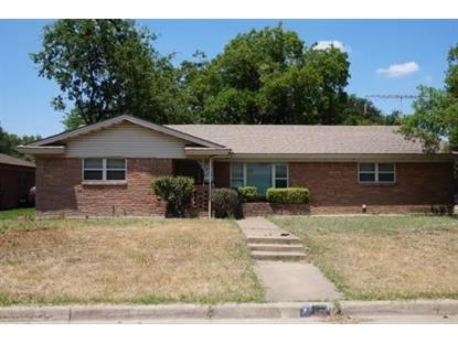 150 Revere Drive , Fort Worth, TX