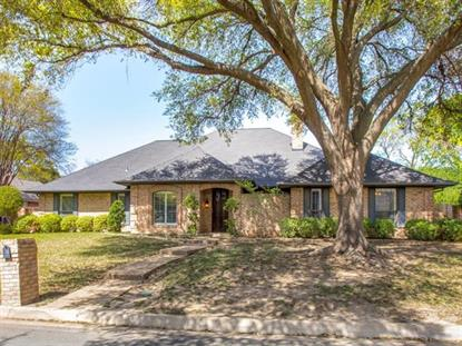 6704 River Bend Road , Fort Worth, TX