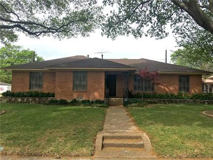 1229 Swallow Lane , Garland, TX