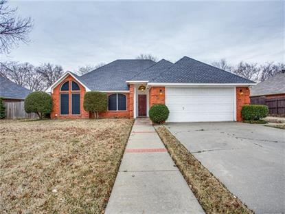 311 Woodlawn Street , Krum, TX