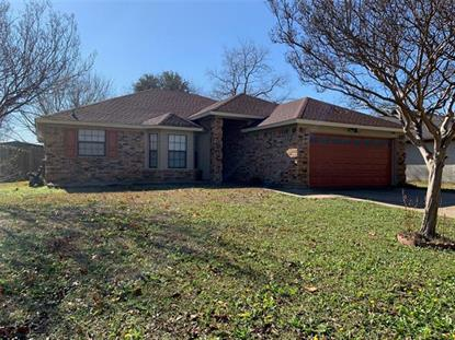 1712 Greenbend Drive Arlington, TX MLS# 14265068