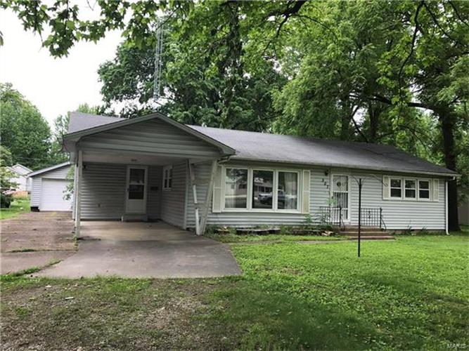 307 West James, Saint James, MO 65559