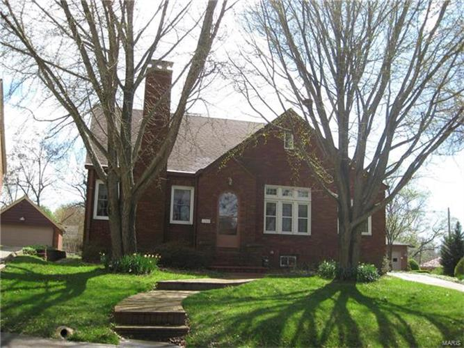 cape girardeau county catholic singles Pioneer house, 46 britannia st, london wc1x 9jh | 020 3489-9192 home art therapy about.