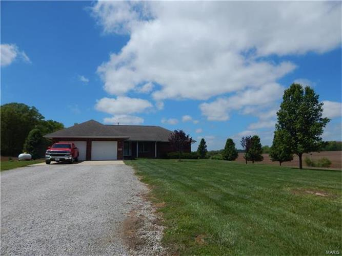 meet fults singles This single-family home is located at 3713 maus rd, fults, il sold for $150,000 on feb 21, 2018 3713 maus rd has 3 beds and approximately 1,200 square feet.
