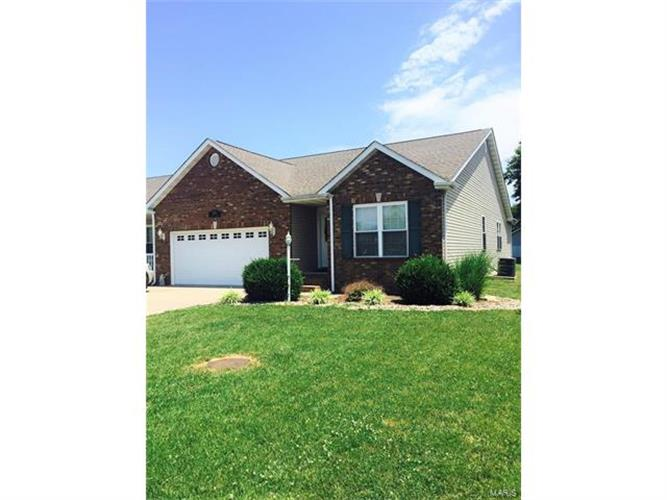 singles in jerseyville Zillow has 118 homes for sale in jerseyville il view listing photos, review sales history, and use our detailed real estate filters to find the perfect place.