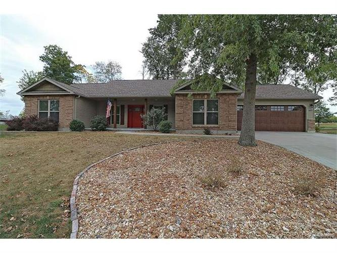 1411 Woodfield Court, Farmington, MO 63640