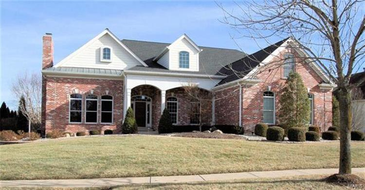16843 Eagle Bluff Court, Chesterfield, MO 63005
