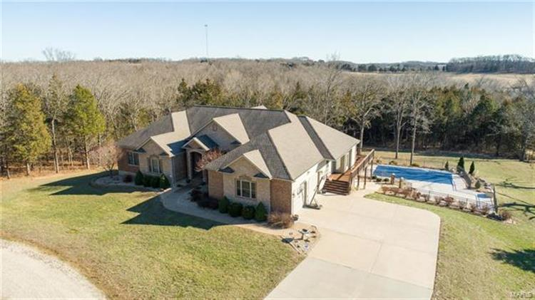 144 Gray Squirrel, Berger, MO 63014