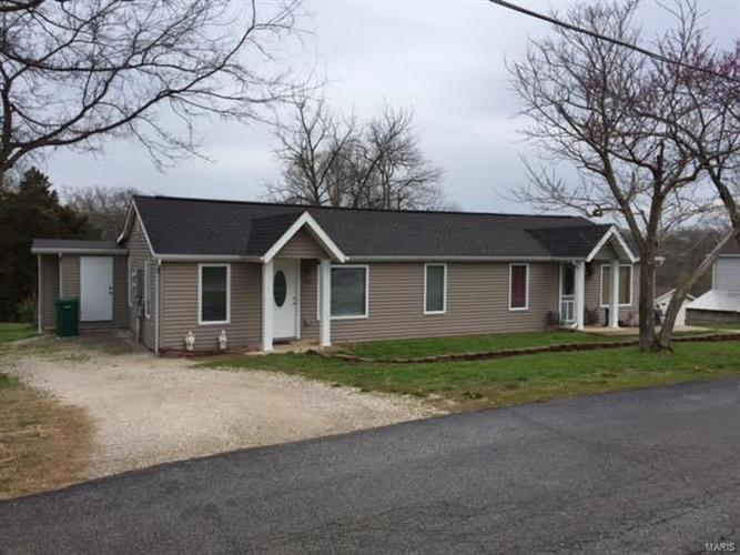 931 Guenzler, Imperial, MO 63052