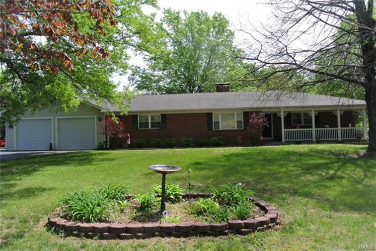 3848 Hwy D, Defiance, MO 63341