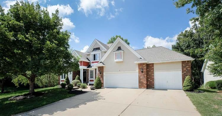 1 Stone Falcon Court, Lake St Louis, MO 63367