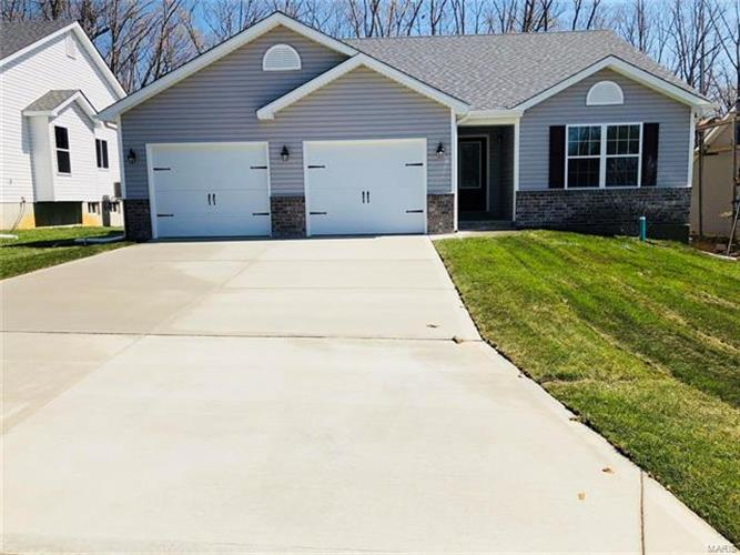 497 Indian Lake Drive, Wright City, MO 63390