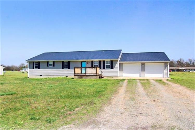 81 Sandy Lane, Benton, MO 63736