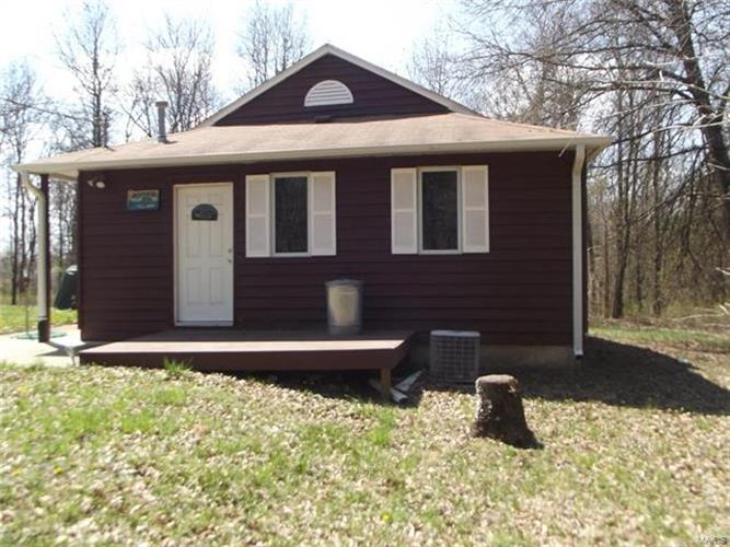 24219 HWY BB, Perry, MO 63462