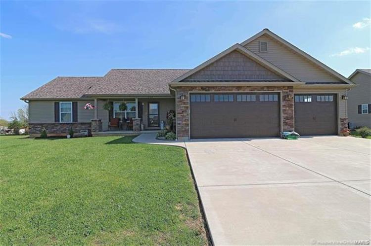 556 Ridge Haven Drive, Farmington, MO 63640