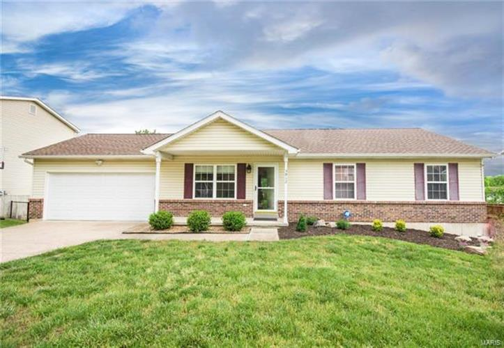 3912 Country Club Drive, Imperial, MO 63052