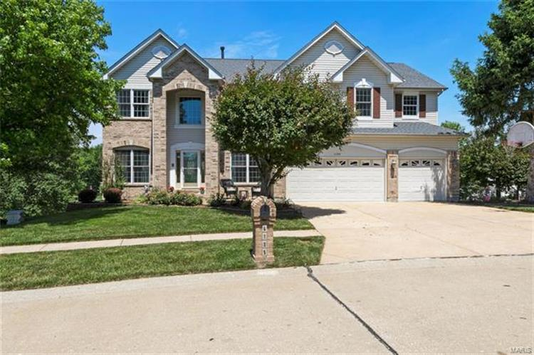 6199 Clifton Oaks Place, Saint Louis, MO 63129