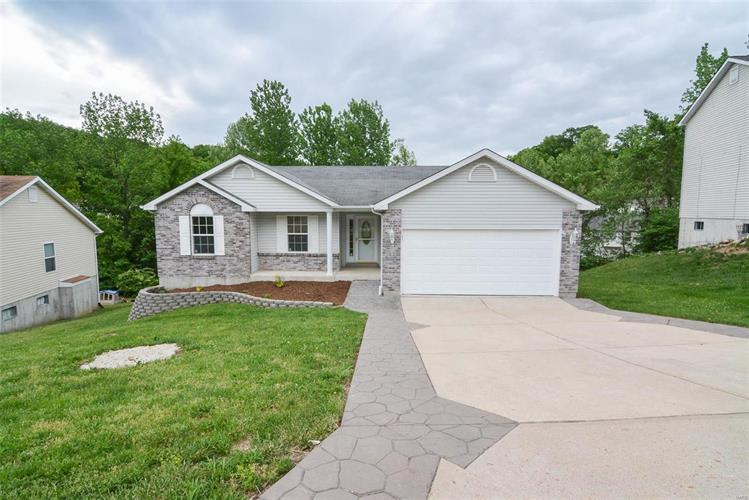 5522 Trail Of Tears, House Springs, MO 63051