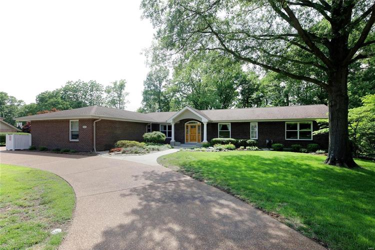 9457 Sunny Creek Lane, Sunset Hills, MO 63127 - Image 1
