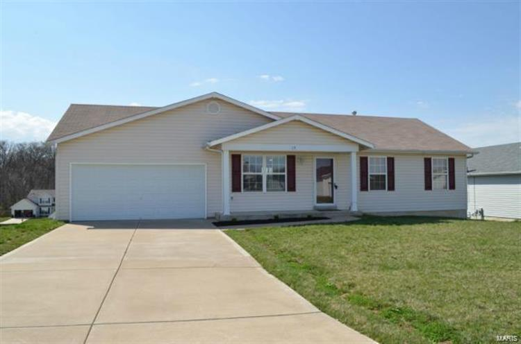 15 Eagles Bluff Drive, Winfield, MO 63389