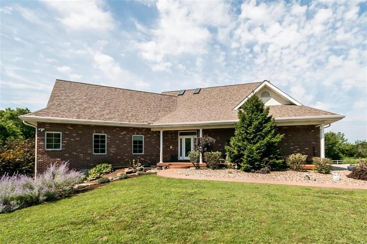 1840 Saint Francis Rock Road Columbia Il 62236 For Sale Mls
