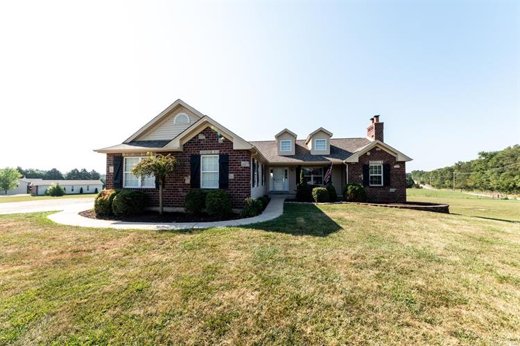 17000 Boone and Crockett Court, Wright City, MO 63390