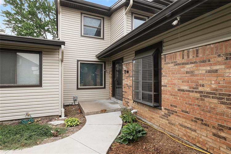 1722 Heather Dale Drive, Saint Louis, MO 63146