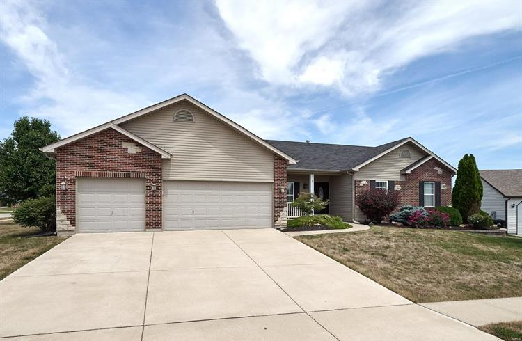 3 Lost Canyon Court, Wentzville, MO 63385