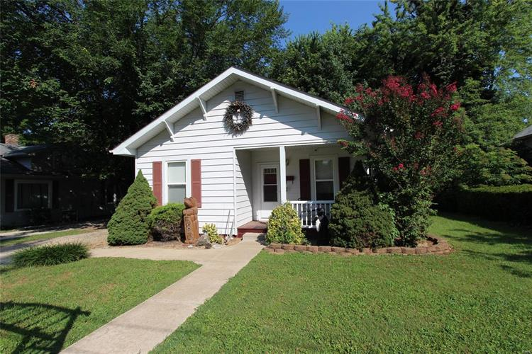 717 Dewey Avenue, Farmington, MO 63640