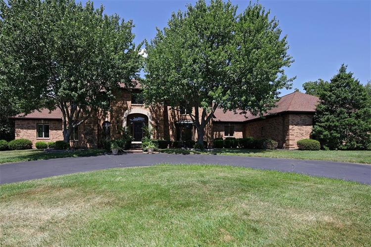 2410 Wexford Woods Court, Town and Country, MO 63131