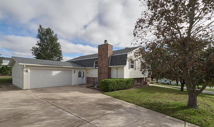 12 Spencer Path, Saint Peters, MO 63376 - Image 1