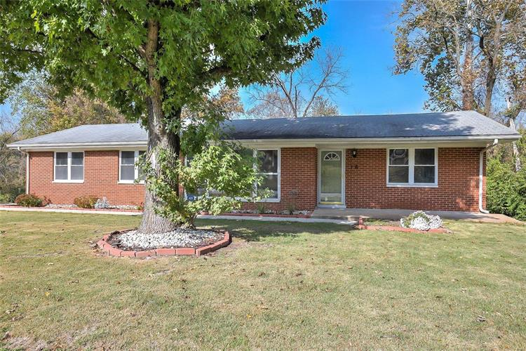 16 Montclair, Fairview Heights, IL 62208 - Image 1
