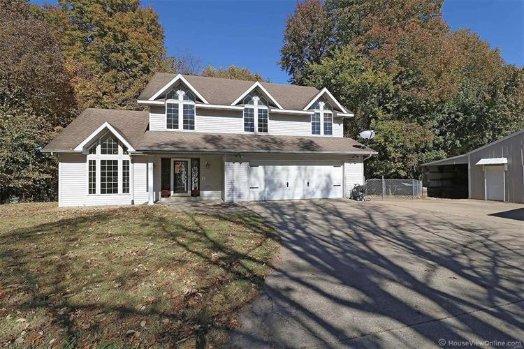215 Lakeview Drive, Scott City, MO 63780 - Image 1