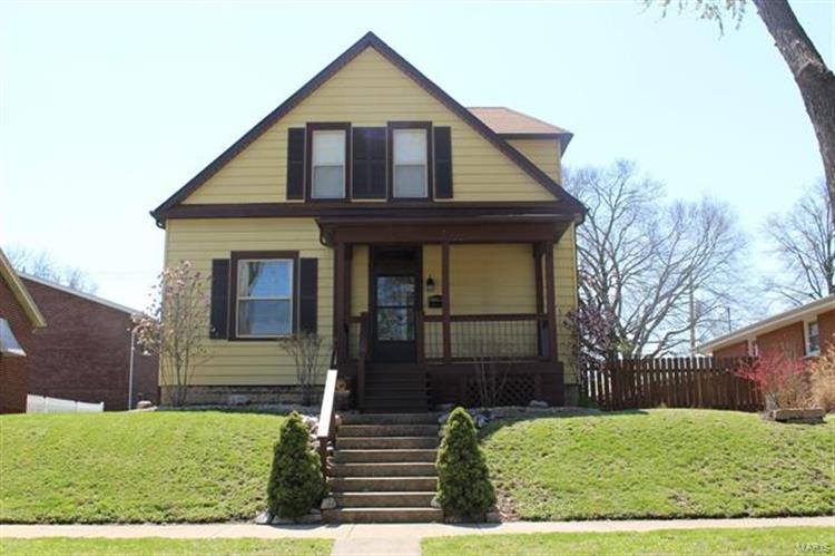 1316 8th Street, Highland, IL 62249 - Image 1