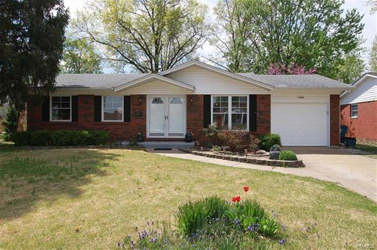 1392 Brushey Grove Avenue, Wood River, IL 62095 - Image 1