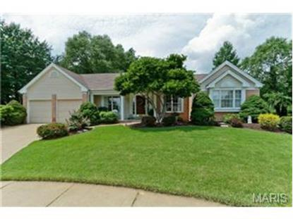 6 Rolling Meadows Court, Saint Charles, MO