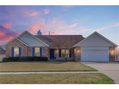 4 Moorbriar Court, Saint Peters, MO
