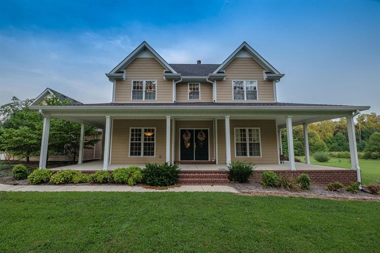 402 Dusty Ln, Manchester, TN 37355