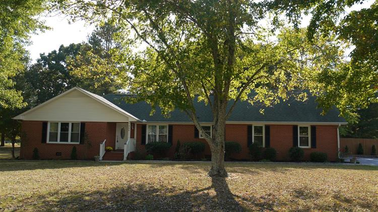 500 TWELVE OAKS ROAD, Tullahoma, TN 37388