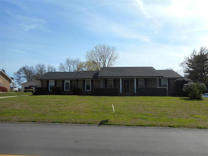 206 Maple Way, Mount Juliet, TN 37122