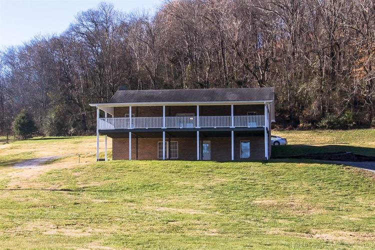 1864 Fowler Hollow Rd, Lynnville, TN 38472