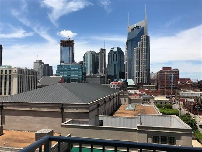 301 Demonbreun St Unit 704, Nashville, TN 37201