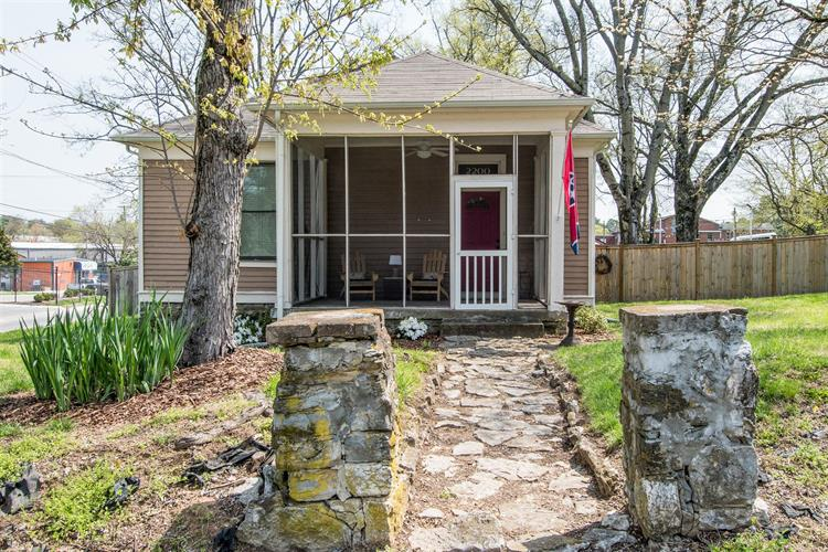 2200 Fox Ave, Nashville, TN 37210