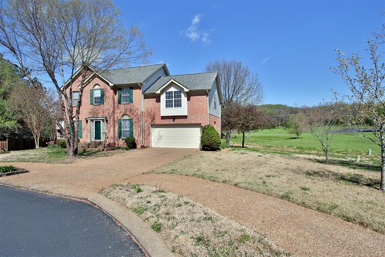 117 Golden Meadow Ln, Franklin, TN 37067